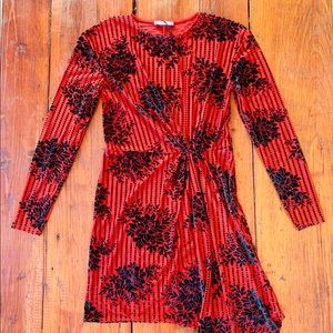 NWOT Red green velvet dress's Christmas zara